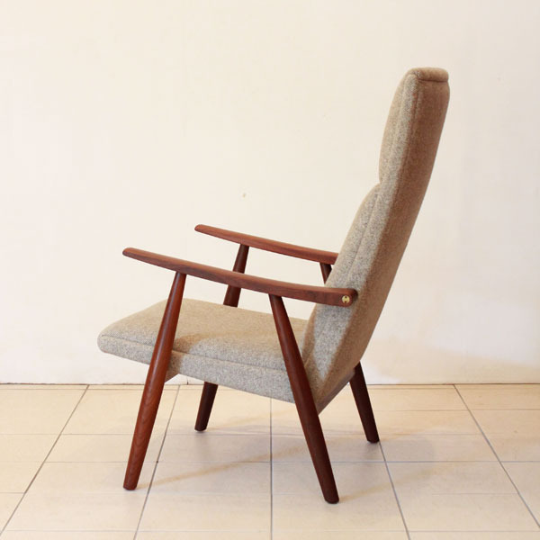 Wegner-Easy-chair-GE260-05.jpg