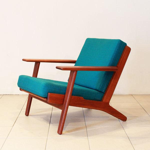 Wegner-Easy-chair-GE290-Teak-02.jpg