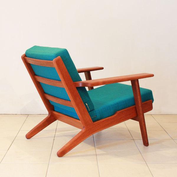 Wegner-Easy-chair-GE290-Teak-03.jpg