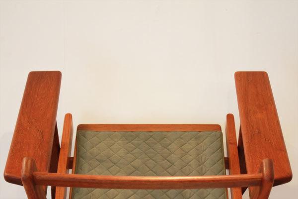 Wegner-Easy-chair-GE290-Teak-04.jpg