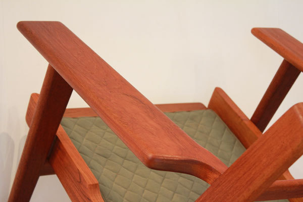 Wegner-Easy-chair-GE290-Teak-05.jpg