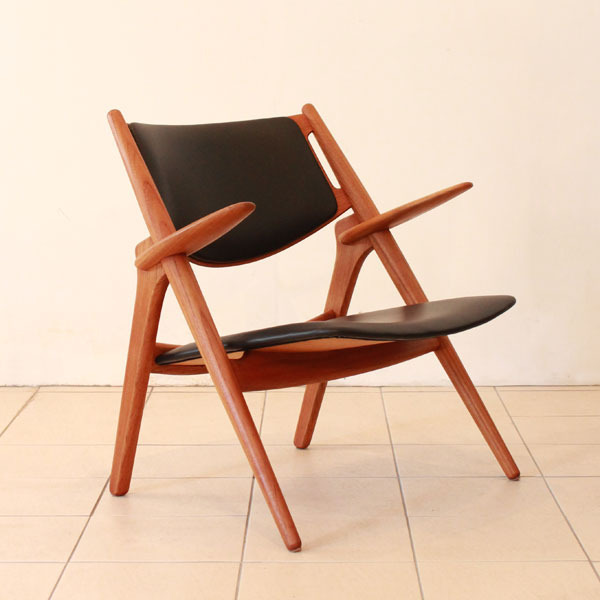 Wegner-Easy-chairCH28-02.jpg