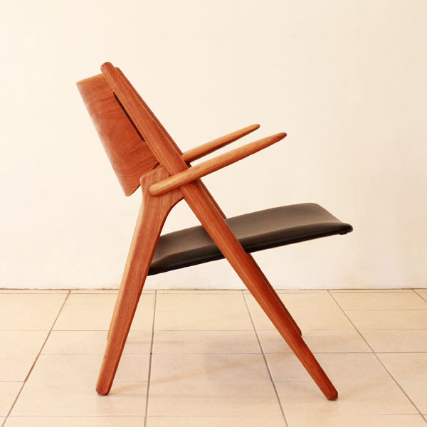 Wegner-Easy-chairCH28-04.jpg