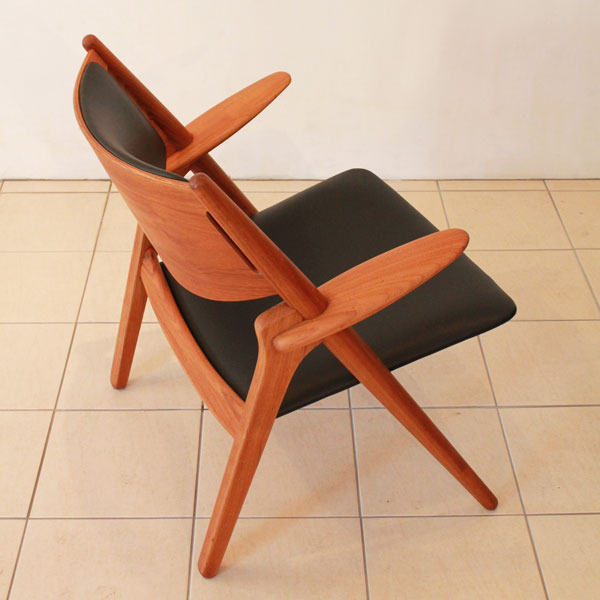 Wegner-Easy-chairCH28-06.jpg