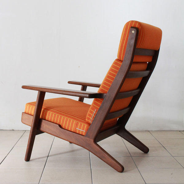 Wegner-GE290A-Orange-03.jpg