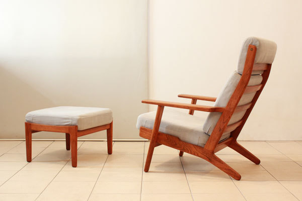 Wegner-High-back-GE290A-Teak-02.jpg