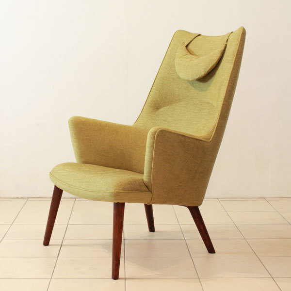 Wegner-Mama-bear-chair-04.jpg