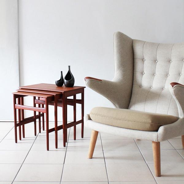 Wegner-Nest-table-Teak-09.jpg