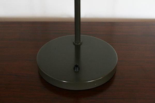 Wegner-Opala-desk-lamp-05.jpg