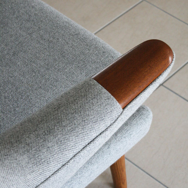 Wegner-Papa-bear-chair-07.jpg