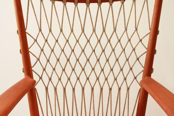 Wegner-Rocking-chair-PP124-04.jpg