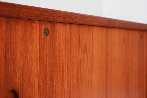 Wegner-Sideboard-RY26-Teak-07.jpg