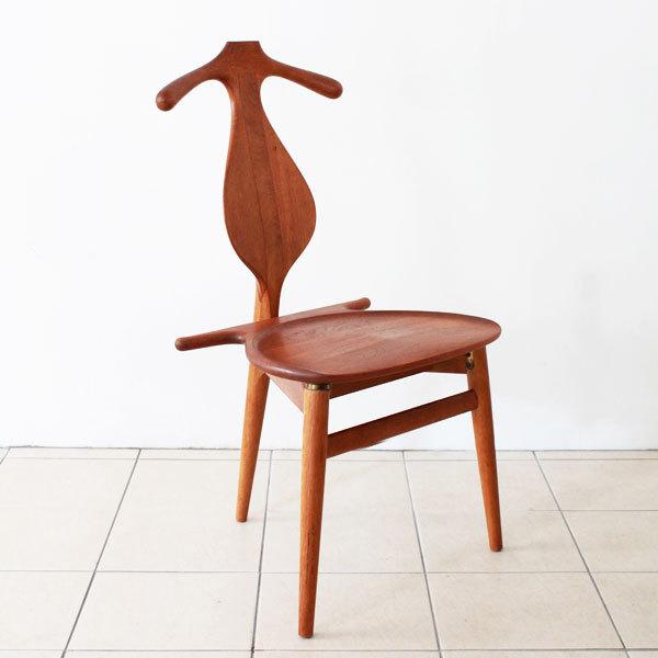 Wegner-Valet-chair-03.jpg