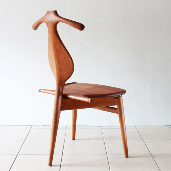 Wegner-Valet-chair-04.jpg