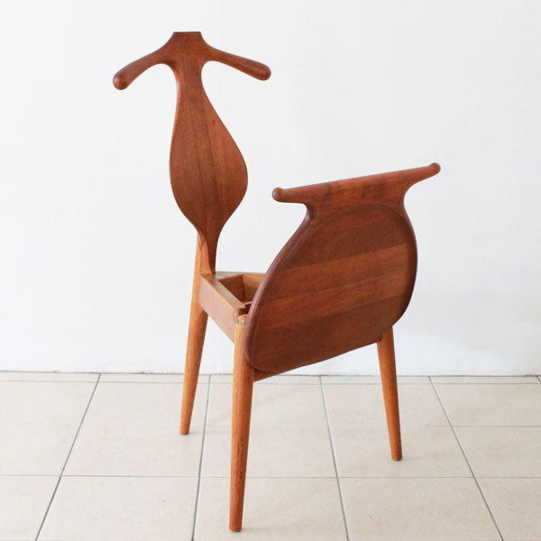 Wegner-Valet-chair-05.jpg