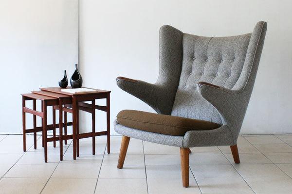 Wegner-bear-chair-teak-and-oak-01.jpg