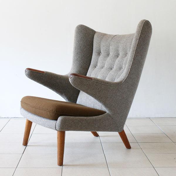 Wegner-bear-chair-teak-and-oak-02.jpg