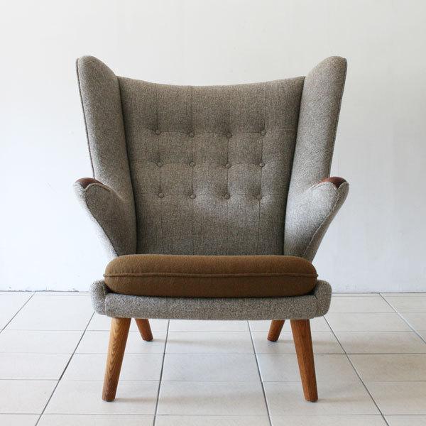 Wegner-bear-chair-teak-and-oak-03.jpg