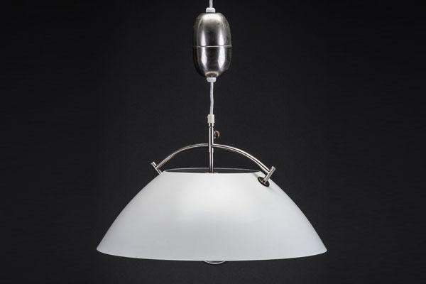Wegner-pendantlamp.jpg