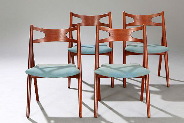 Wegner-set-of-4-dining-chairs-CH29-01.jpg