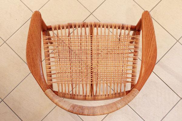 Wegner-the-chair-JH501-05.jpg