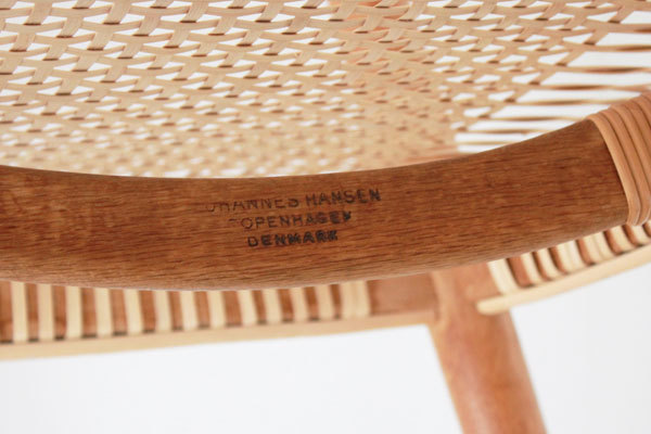Wegner-the-chair-JH501-06.jpg