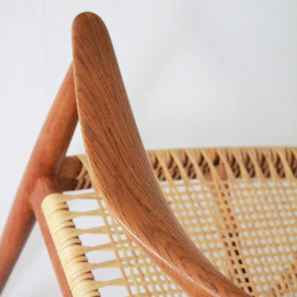 Wegner-the-chair-JH501-Oak-06.jpg