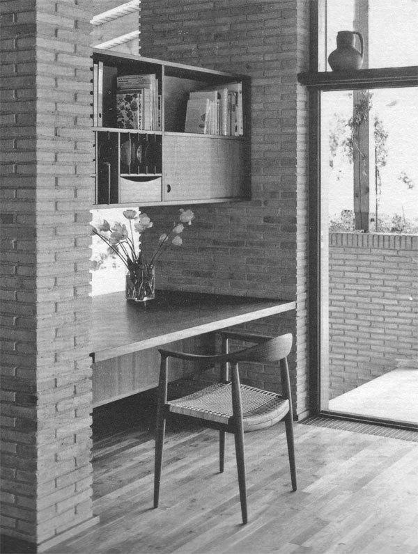Wegner-the-chair-JH501-Oak-08.jpg