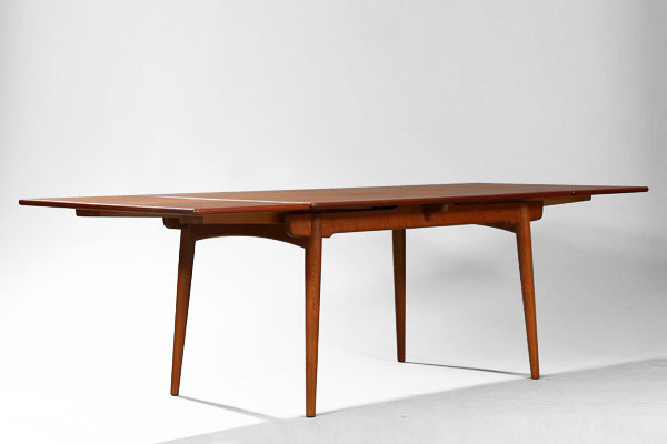 Wegner dining table. AT-312-01.jpg