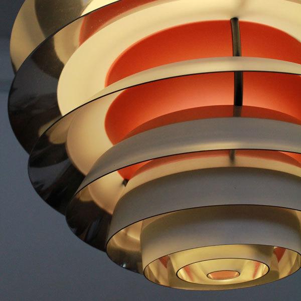 contrast-lamp-03.jpg