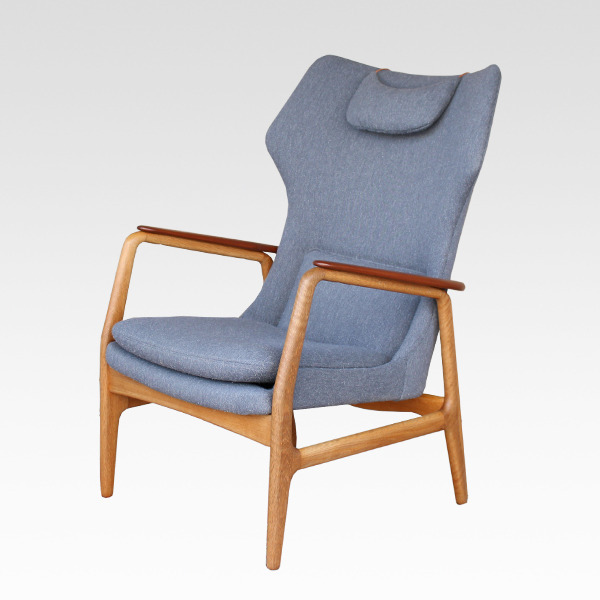 Aksel Bender Madsen  Highback easy chair  Bovenkamp (2).jpg