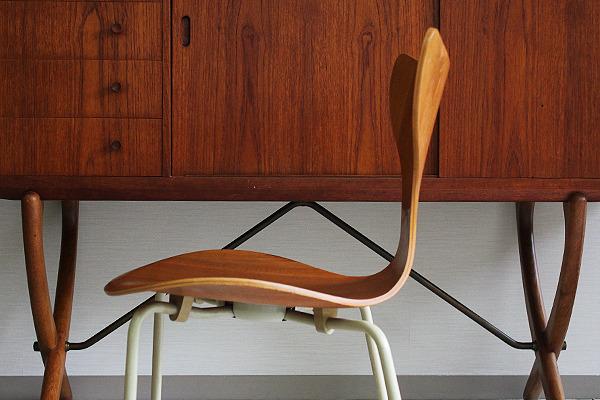 Arne Jacobsen エイトチェア  Fritz Hansen (4).jpg