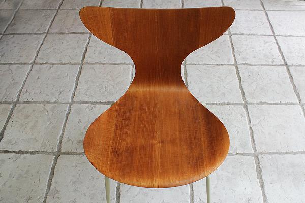 Arne Jacobsen エイトチェア  Fritz Hansen (5).jpg
