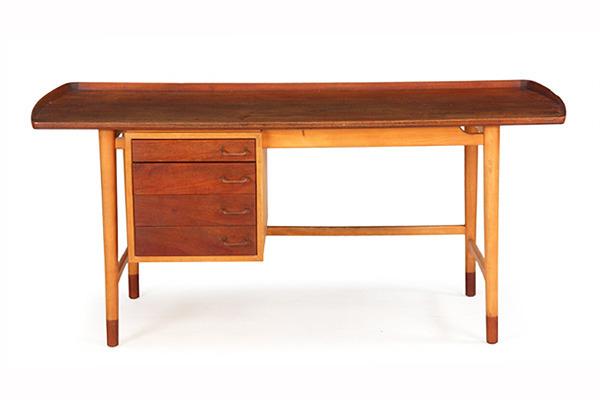 Arne Vodder  Freestanding Desk   Bovirke (1).jpg