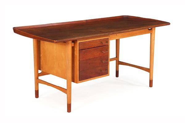 Arne Vodder  Freestanding Desk   Bovirke (4).jpg