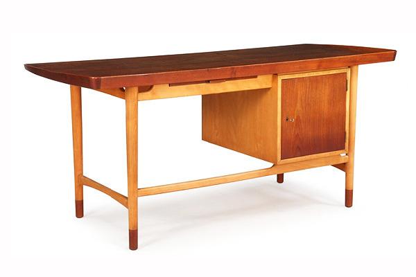 Arne Vodder  Freestanding Desk   Bovirke (5).jpg