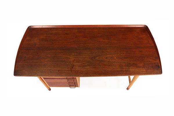 Arne Vodder  Freestanding Desk   Bovirke (6).jpg