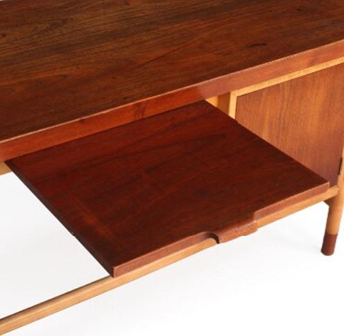 Arne Vodder  Freestanding Desk   Bovirke (8).jpg