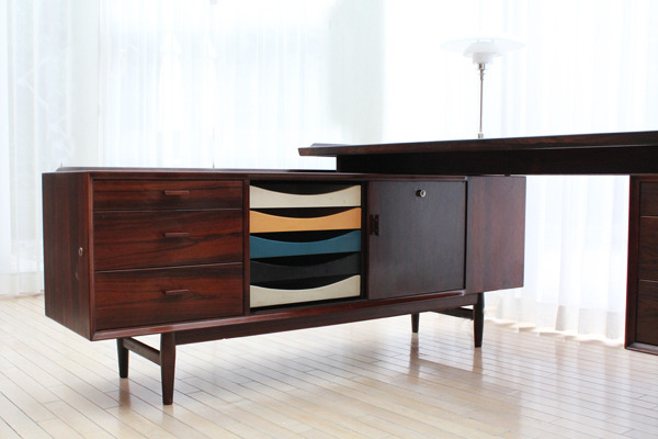 Arne Vodder  Rosewood sideboard and desk, rosewood  Sibast (6).jpg