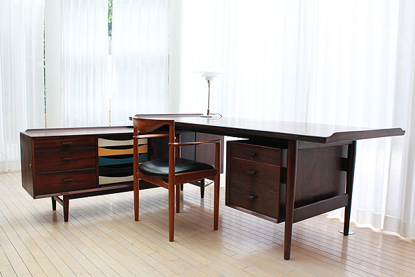 Arne Vodder  Rosewood sideboard and desk, rosewood  Sibast (9).jpg