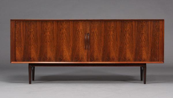 Arne Vodder  Sideboard  model75 rosewood  Sibast-02.jpg