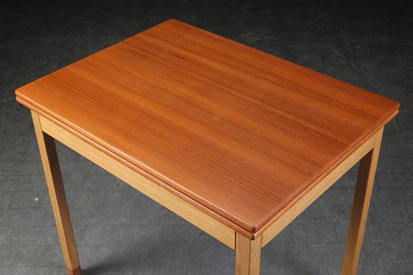 Borge Mogensen  Folding table  FDB (4).jpg