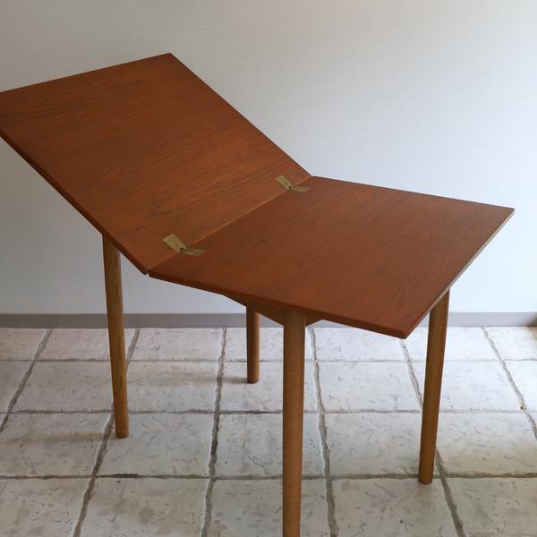 Borge Mogensen  Folding table  FDB (7).jpg