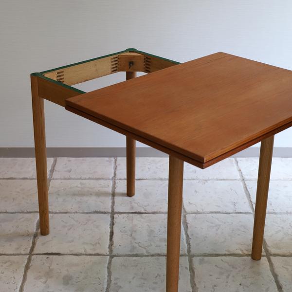 Borge Mogensen  Folding table  FDB (8).jpg
