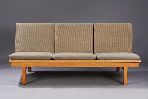 Borge Mogensen  Sofa .Model2218  Fredericia (2).jpg