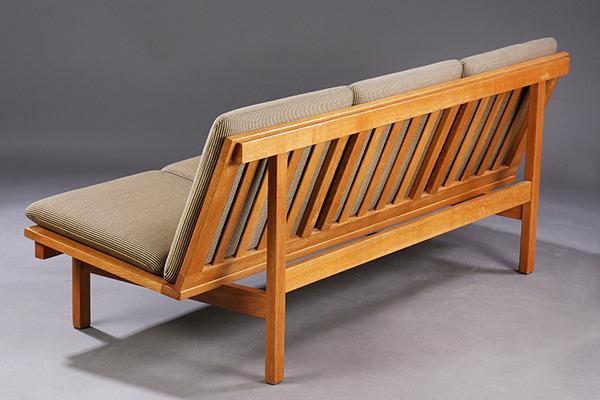 Borge Mogensen  Sofa .Model2218  Fredericia (3).jpg