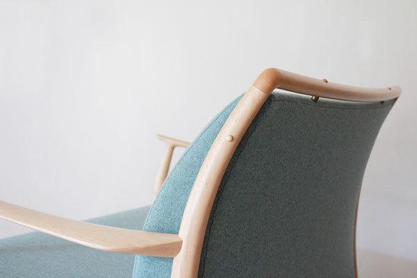 CAJA-Sofa-1300-Maple-06.jpg