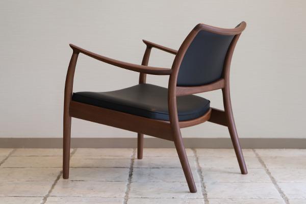 CAJA Easy chair (1).jpg