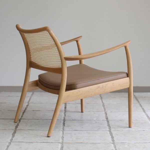 CAJA Easy chair (Oak Cane back) (6).jpg