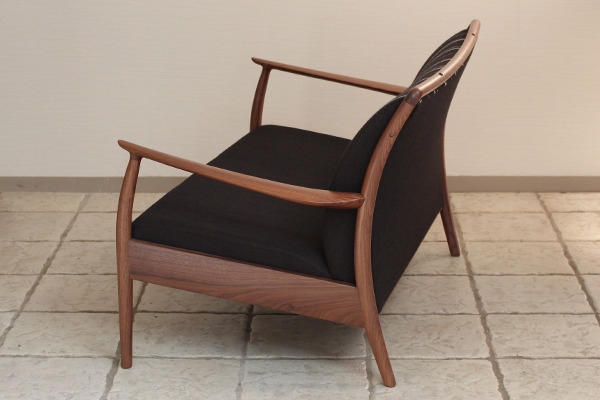 CAJA Sofa W1300 (10).jpg